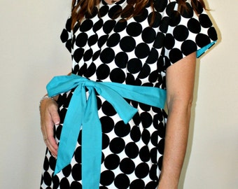 Courtney Maternity Delivery Gown - Black Dots on White - Unlined or Lined- By Mommy Moxie on Etsy