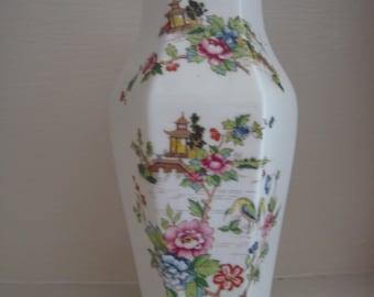 Awesome Staffordshire oriental bud vase