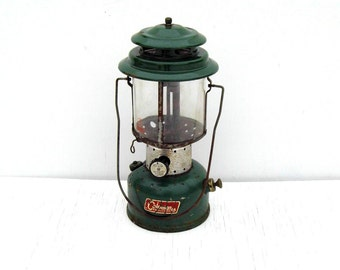 Vintage Coleman 220E White Gas Lantern, Coleman Green White Gas Lantern, Coleman Double Mantle Lantern with Pyrex Globe