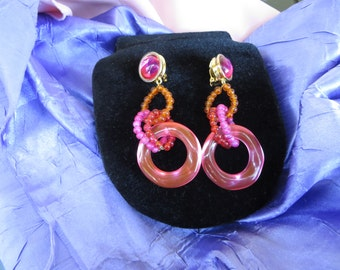 Fun Hot Pink and Orange Plastic Dangle Vintage Clip on Earrings