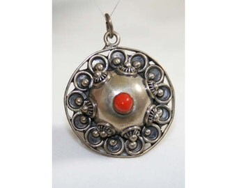 Exotic 40s Silver Bohemian Flying Saucer Pendant - Necklace - 800 Fine Silver Italian - Made In Italy - Florentine - 1940s Deadstock 40191-1
