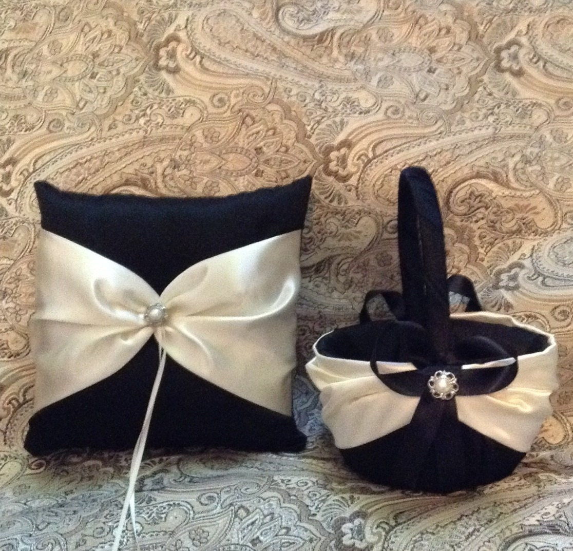 Flower Girl Baskets Black : Ivory or white on black color satin flower girl basket and