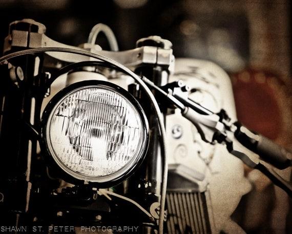 Vintage Wall Decor Ideas: Vintage Motorcycle Headlight Decorating Ideas Wall Decor