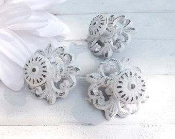 White Shabby Chic Cast Iron Knob / Cottage Style / Drawer Knob /Dresser Pull /Decorative Knob
