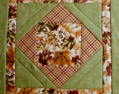 Quilted Table Runner with Fall Leaves, Quilted Table Topper in Gold and Green, Fall Autumn Runner, Thanksgiving Table Runner, Table Quilt