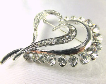 Silver Heart Brooch - Silver and Clear Crystals Vintage Style Brooch for bridal bouquet or jewelry decoration