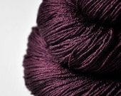 Tangled web - Merino/Silk Fingering Yarn Superwash