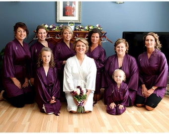Bridesmaid Robes, PURPLE, wedding robes, bridesmaid silk robe, dressing gown, personalized silk robe, kimono robes, floral robe, bridal robe