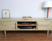 Kasse TV Stand in Natural Poplar
