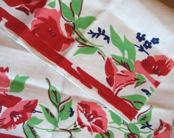 What's the story? Vtg morning glory floral flower towel, made from toweling yardage. Excellent condition.