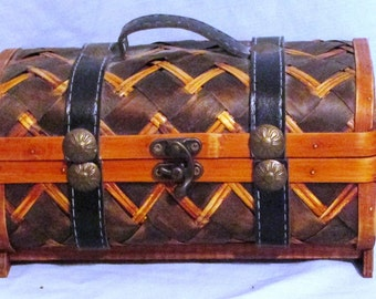 Rattan and Leather Trunk Style Handbag Vintage Purse Wicker