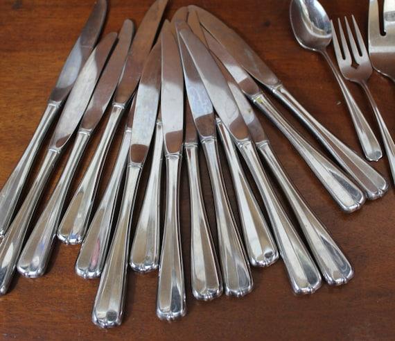 Oneida Vintage Silverware In Impulse Pattern Gala Stainless