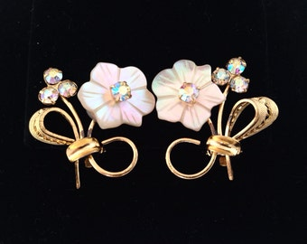 Exquisite MOP & Aurora Borealis Rhinestone Flower Clip Earrings - AB rhinestones - clip on clips - pink white gold - crystal - floral carved