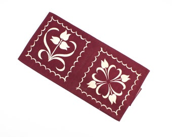 Vintage Wilendur Tulip Tile Pattern Towel Yardage - MWOT - Burgundy Red and White - Tole Scandinavian Design - Squares -  Kitchen Dish Towel