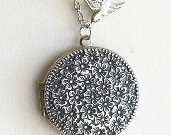 Cherry Blossom,Locket,Bird,Silver Locket,Antique Style Locket,Flower Locket,Flowert,Wedding Necklace,bridesmaid necklace