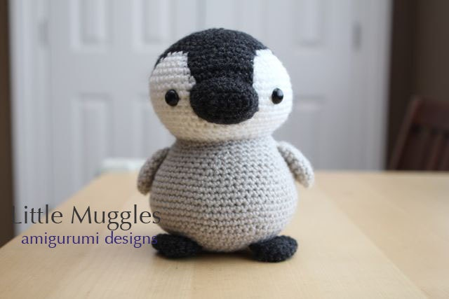 Amigurumi Crochet Pattern Pippin the Penguin