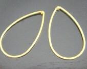 Jewelry findings Matte Gold Tarnish resistant Teardrop Hoop pendant, connector, charm, S510897