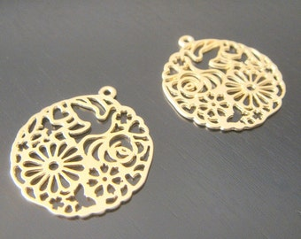 Matte Gold Circle Oriental Connector, Pendants, Charms, Earring Findings, 2 pc, B56532