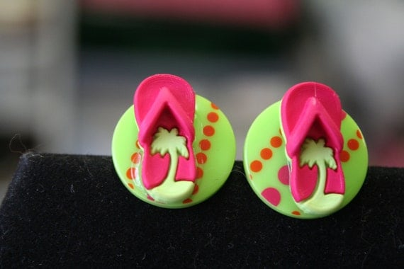 https://www.etsy.com/listing/186825010/post-earrings-plastic-buttons-lime-green