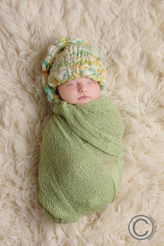 Bulky Knit Hat Pattern : Cedric Knit Gnome Hat Knitting PATTERN Bulky Yarn 4-5 WPI