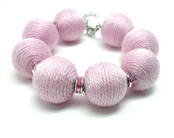Balls bracelet with glassbead - light pink