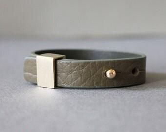 Luxury Style Soft Leather Bracelet(Khaki)