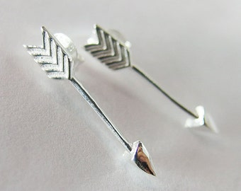 1 pair of 925 Sterling Silver Arrow Stud Earrings 4x21mm. :er0697