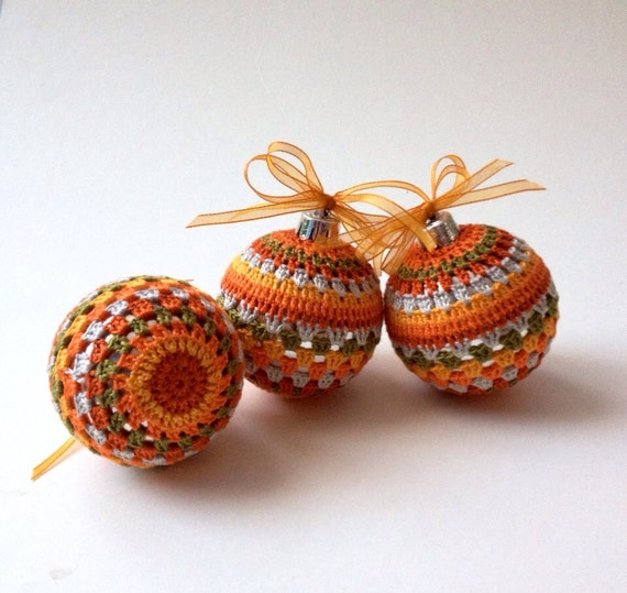 Christmas Decorations With Orange: Christmas Tree Decorations 3 Crochet Baubles In Orange