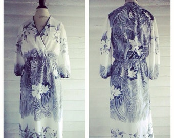 Vintage Dress - 1970s Navy and White Tropical Dress