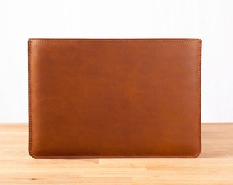 "11"" MacBook Air - Leather Sleeve Case in Brown"