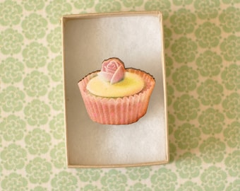 Beatrice Wooden Cupcake Brooch
