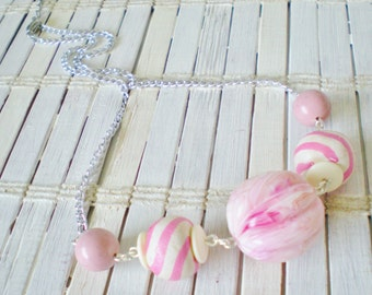 Bubblegum Pink Striped Beads Necklace, Cotton Candy colors, cute necklace, Summertime, Simple, Pink & white, Chunky Beads