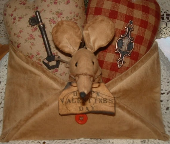 Valentine's Day Primitive Mouse in Envelope with hearts Cupboard Doll