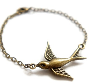 Antiqued Brass Sparrow Bracelet - Bridesmaid Gift Idea - C0016