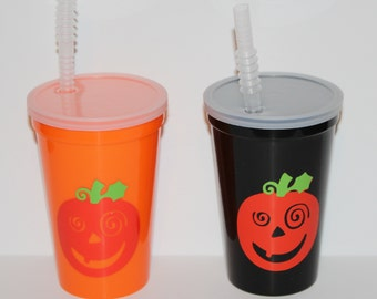 Halloween Pumpkin Themed Plastic Cups- Party Favors - Lot of 12
