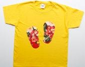 Flowery flip flop applique T shirt Size 7-8 years