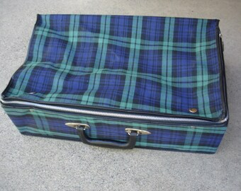 Wow- Very Cool Vintage Plaid Grasshopper Suitcase