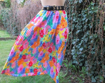 Long Pleated Skirt / Pleated Skirt Maxi / Skirt Vintage / Floral / Elastic Waist /  Size EUR36 - 42 / UK8 - 14