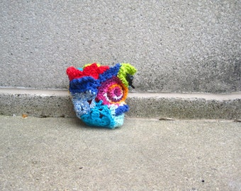 chalk bag, rock climbing chalk bag, crochet, crochet chalk bag, crocheted rock climbing chalk bag