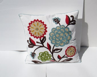 Embroidered Decorative Pillow Cover, Toss Pillow, Throw Pillow, Accent Pillow embroidered - floral or geometrical  18 x 18