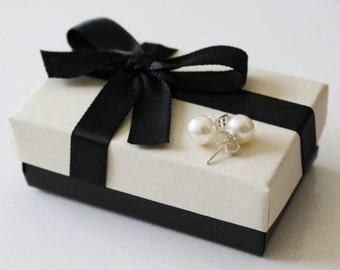7 pairs bridesmaids natural pearl stud earrings, 7.5mm real pearl studs, Sterling Silver, Set of 7 bridesmaids pearl studs, bridesmaids gift