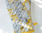 Oven Mitt - Gray and Yellow Potholder - Unisex Oven Mitt -City Life- Gift Under 20 - Gift for Foodie