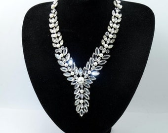 Vintage 1970s Early KIRKS FOLLY Incredible Rhinestone & Faux Pearl Bib Necklace Super Sparkly Extremely RARE!