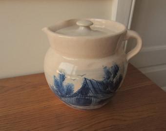 Pretty pitcher with lid.  Vintage blue barn.  Kitchen decor.  Lemonade.