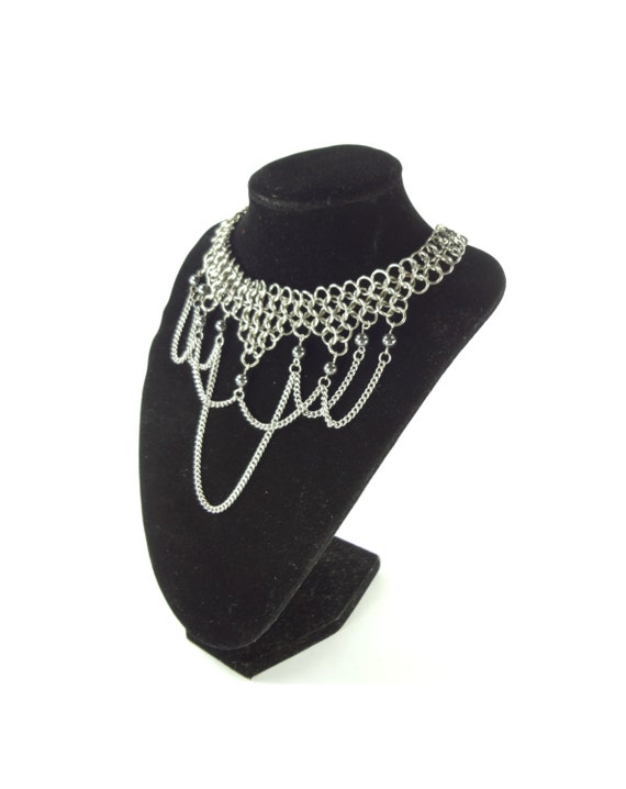 Chainmaille Necklace Choker with Hematite Beads & Chain