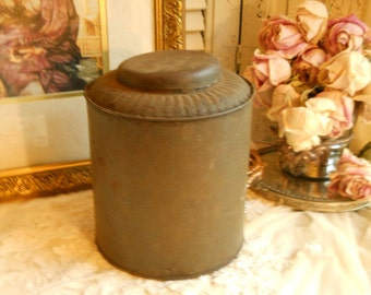 Primitive Rustic Biscuit Tin And Lid Antique Rustic Home Decor Farmhouse Prairie Cottage Storage Primitive Decor Antique Biscuit Tin