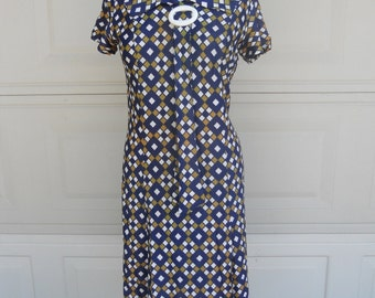 SALE 60s Mod Dress w/Diamond Print and Buckle and Necktie . Med