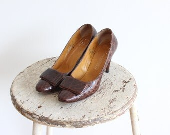 1950s Brown Leather Heels / Caprini Shoes