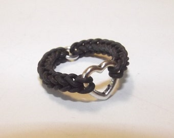 Rubbermaille Heart Ring - Choose band color