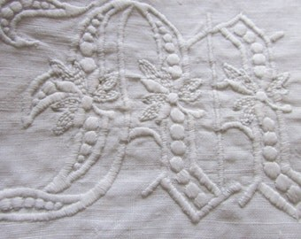 "Vintage Pair of Embroidered Linen Pillow Sham Covers Monogrammed with ""MARY"", Vintage Linens, Vintage Pillow, Vintage Embroidery"